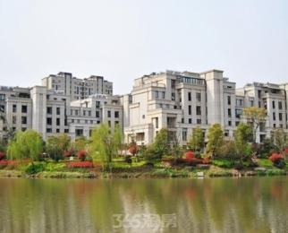 【365自营房源】万科城 稀缺精装小三房 带40平院子