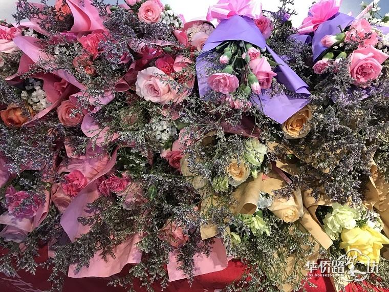 """【互动话题】今天""""女神节"""",各位女神们,你今天收到的第一份礼物是什么?晒晒吧!!"""