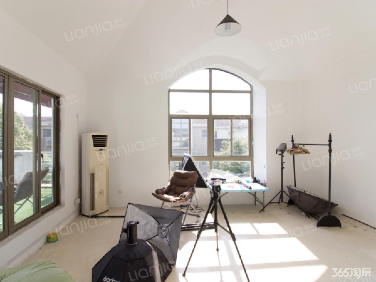 【瑞景文华联排别墅实用别墅多室内带玻璃带电梯贴膜面积效果图图片
